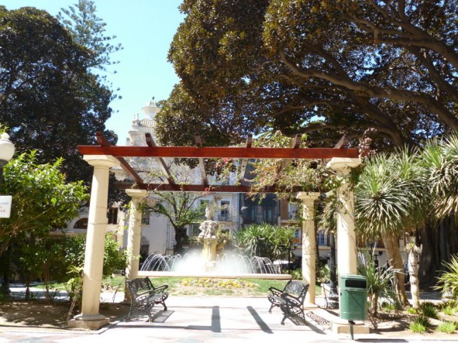 Alicante,Spain-gardens