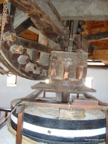 Windmill-inside-4.jpg