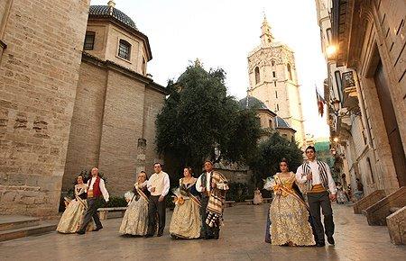LA OFRENDA-VALENCIA-FALLAS